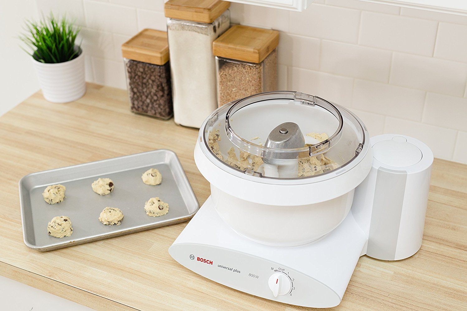 Bosch Universal Plus Stand Mixer Review | Make Bread At Home
